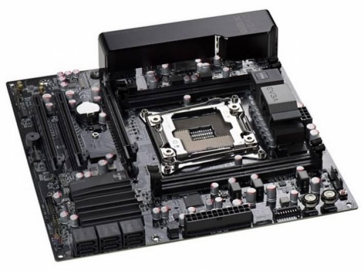 EVGA muestra una pequeña placa base con el chipset X99