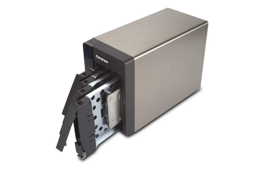 QNAP lanza el TS-451S, un nuevo modelo NAS  para SSDs de 2.5″