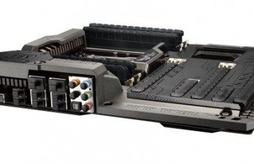 ASUS_TUF-SABERTOOTH-X99-3D-5_678x452