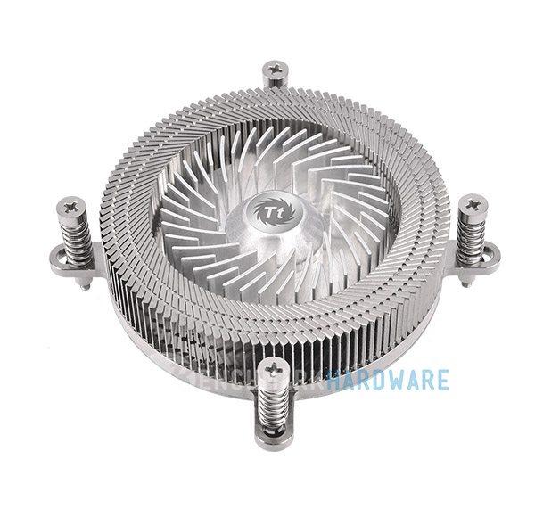 Thermaltake Engine 27 1U, un disipador de CPU de tamaño reducido
