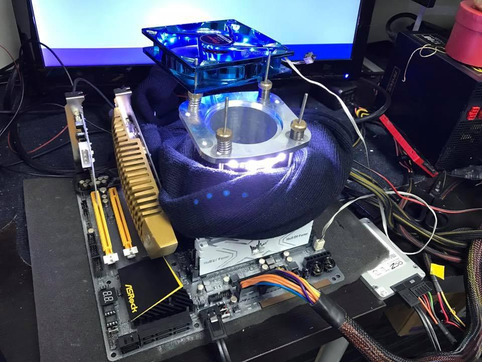 El nuevo Intel i7-7700k alcanza 6,7 GHz