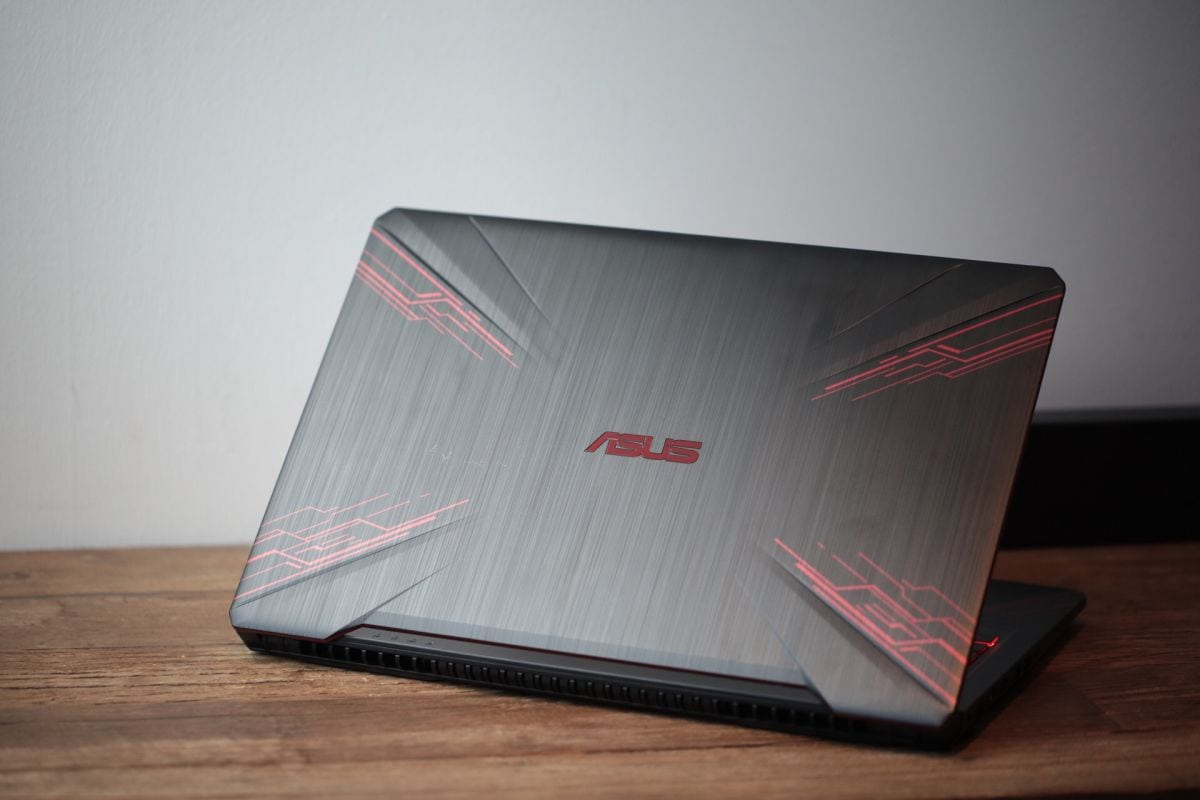 ASUS presenta el TUF Gaming FX504