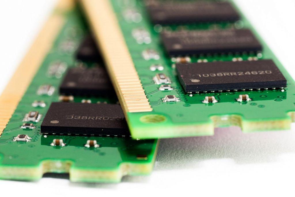 IBM investiga una alternativa a la memoria DRAM