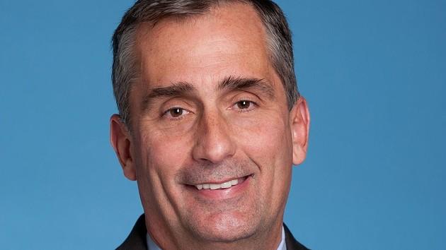 Brian Krzanich, CEO de Intel, renuncia a su puesto